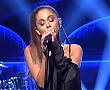 Ariana_Grande_-_Dangerous_Woman_28Live_HD_Performance29_SNL_219.jpg
