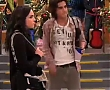 Victorious_S3E01_-_A_Christmas_Tori_-_Video_Dailymotion_157.jpg